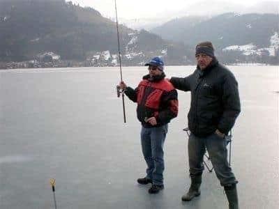 Internationales Eisfischen