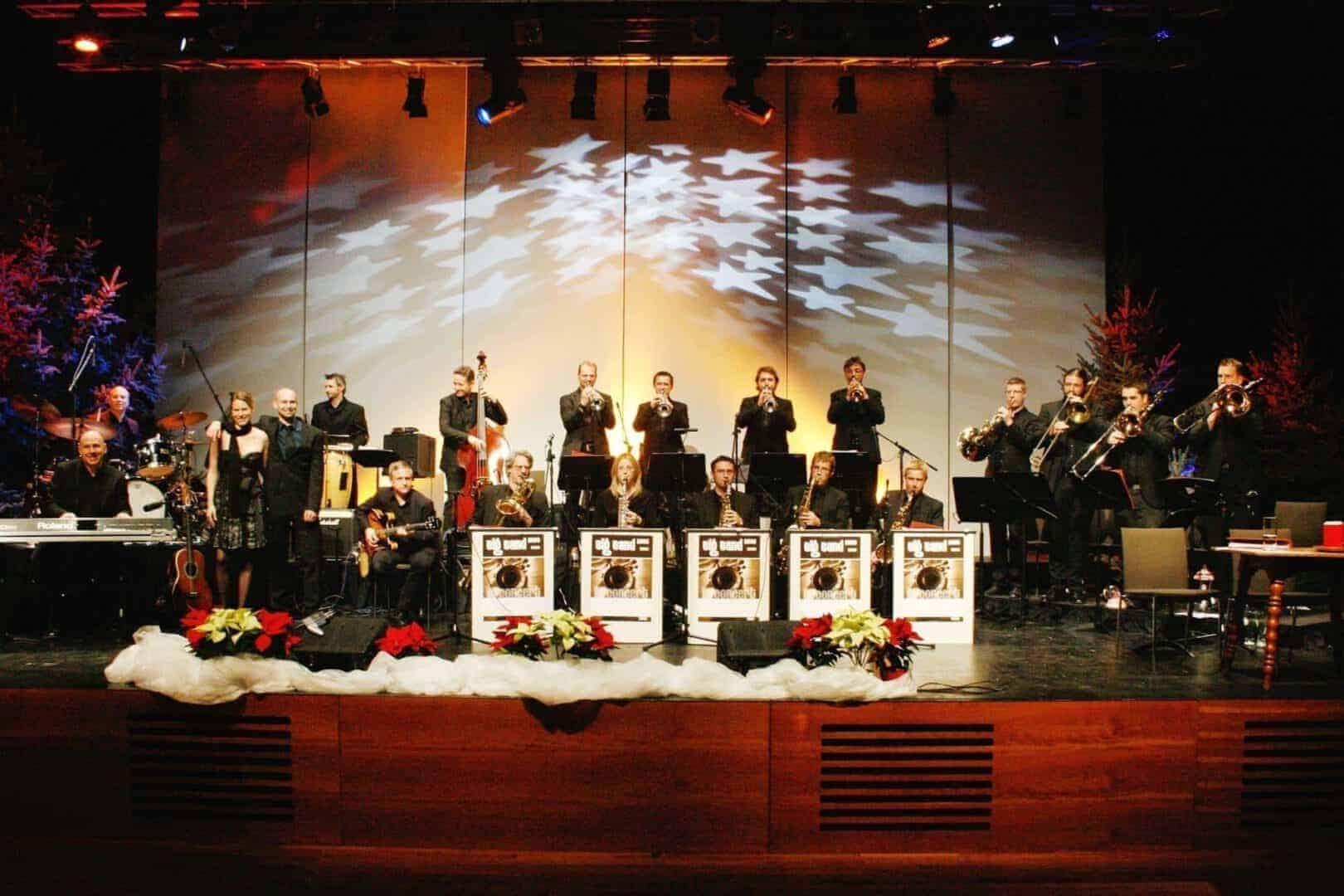 Konzert: Swinging Christmas mit der Big Band 2000