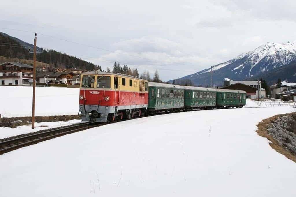 Wintermärchen-Nostalgiezug zu den Krimmler Wasserfällen